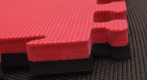 Black & Red Interlocking Jigsaw Mats